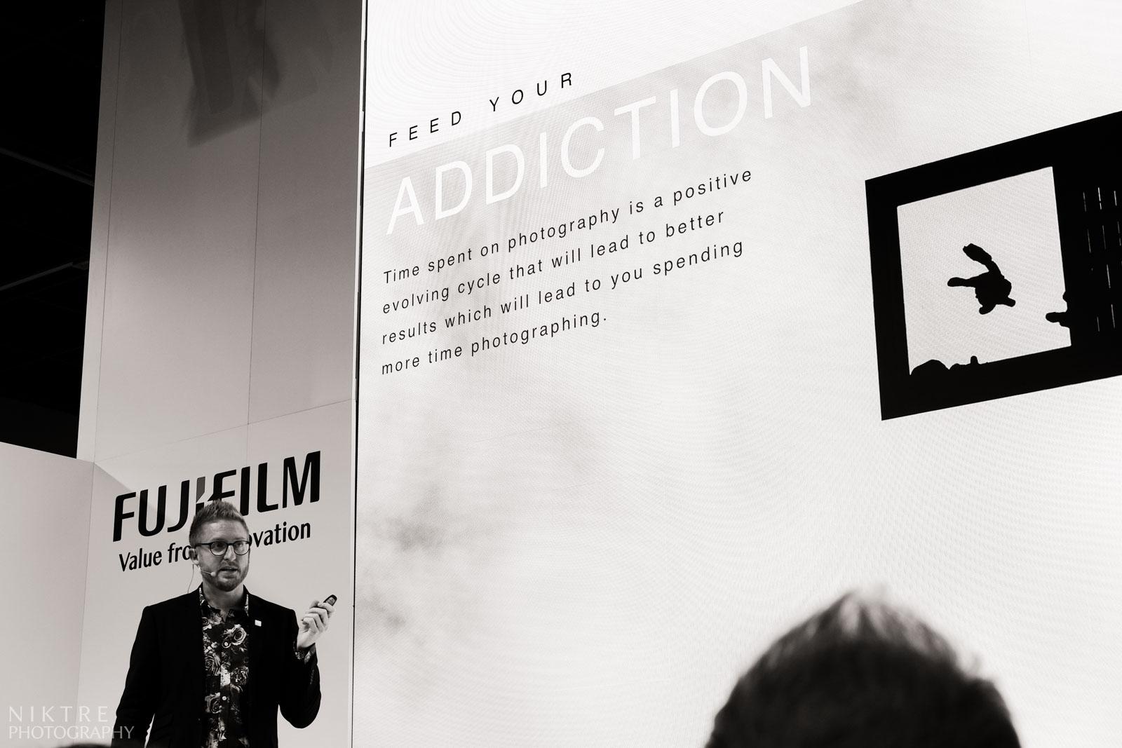 Jonas Rask motiviert Zuhörer mit seinem Vortrag