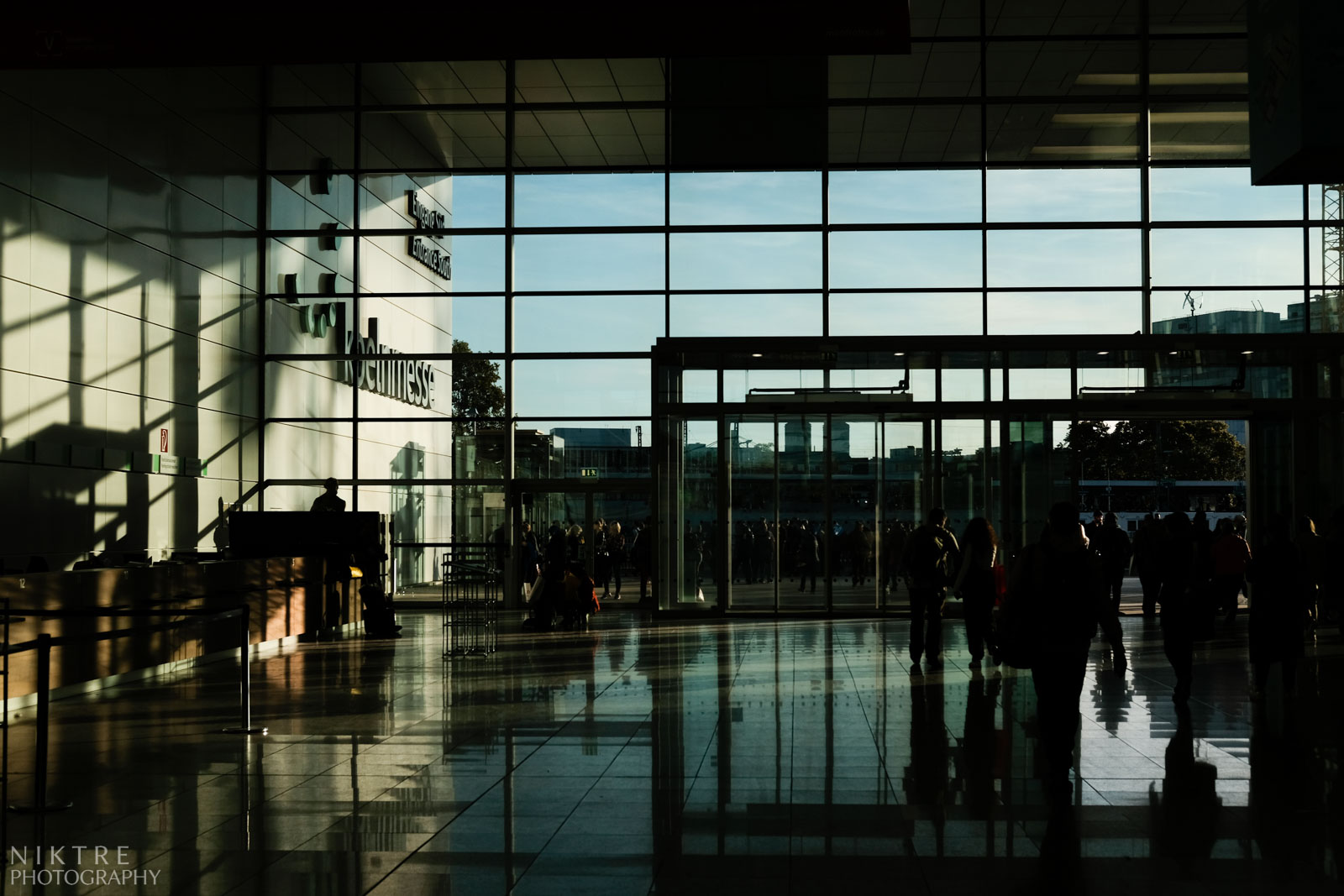 Haupteingang der Kölnmesse während der Photokina