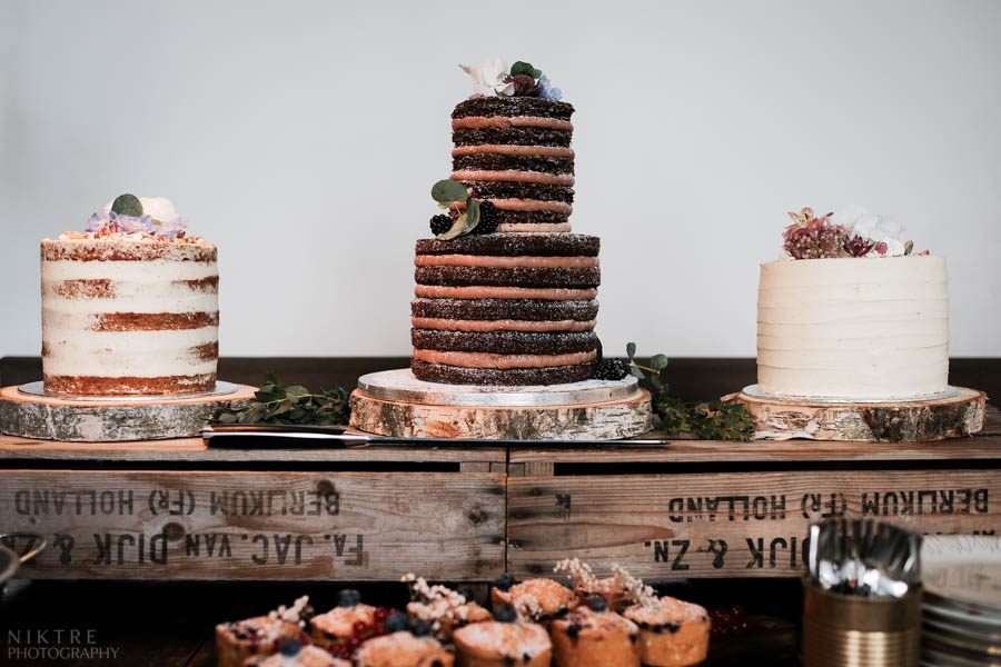 Drei leckere nude cakes